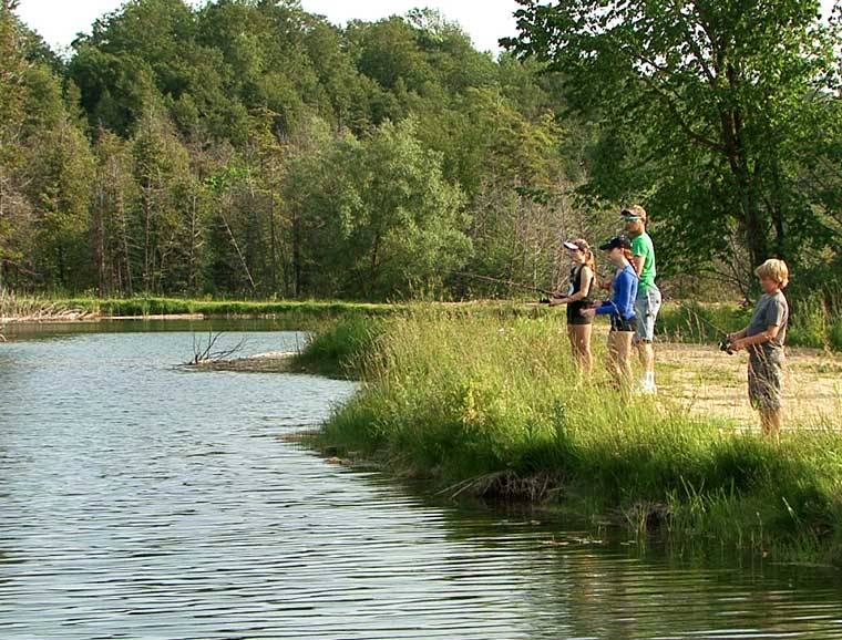 ontario fishing ponds